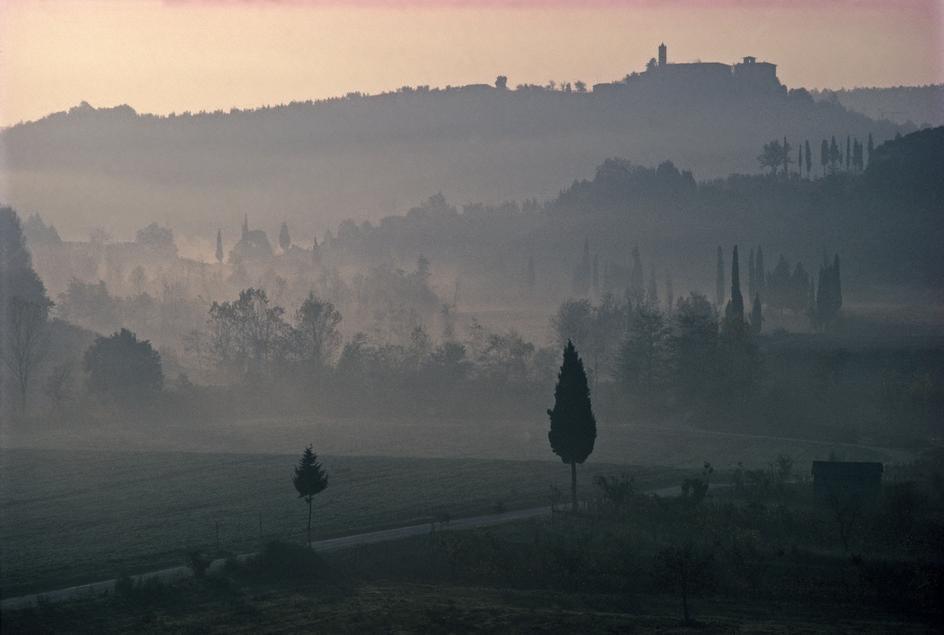 by Thomas Hoepker, Tuscany 1983
