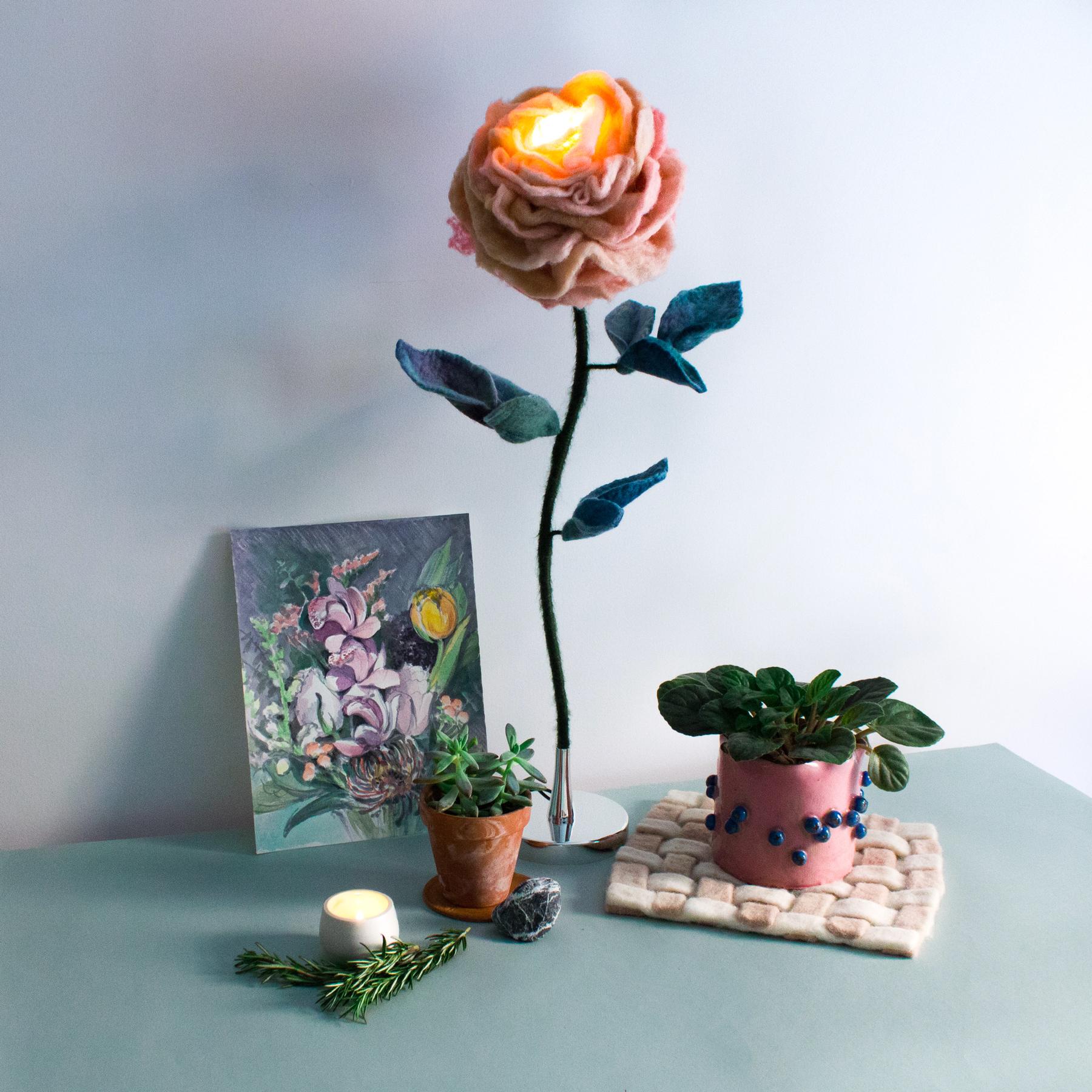 felt-flower-lamp_Thyme-Rose_Adelya-Tumasyeva_4.jpg
