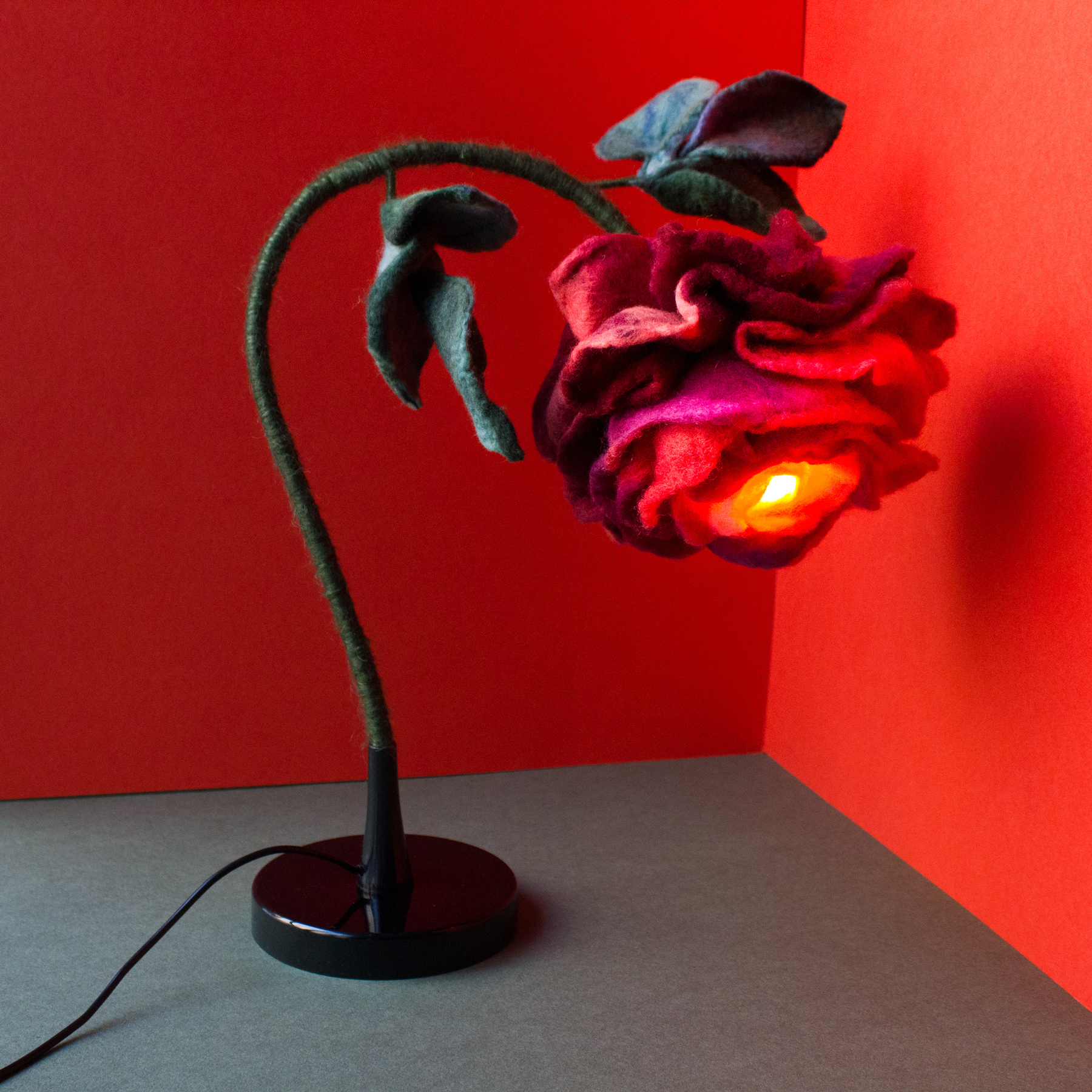 felt-flower-lamp_Cherry-Rose_Adelya-Tumasyeva_3.jpg