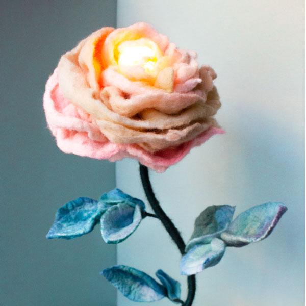 felt-flower-lamp_Thyme-Rose_Adelya-Tumasyeva_10.jpg