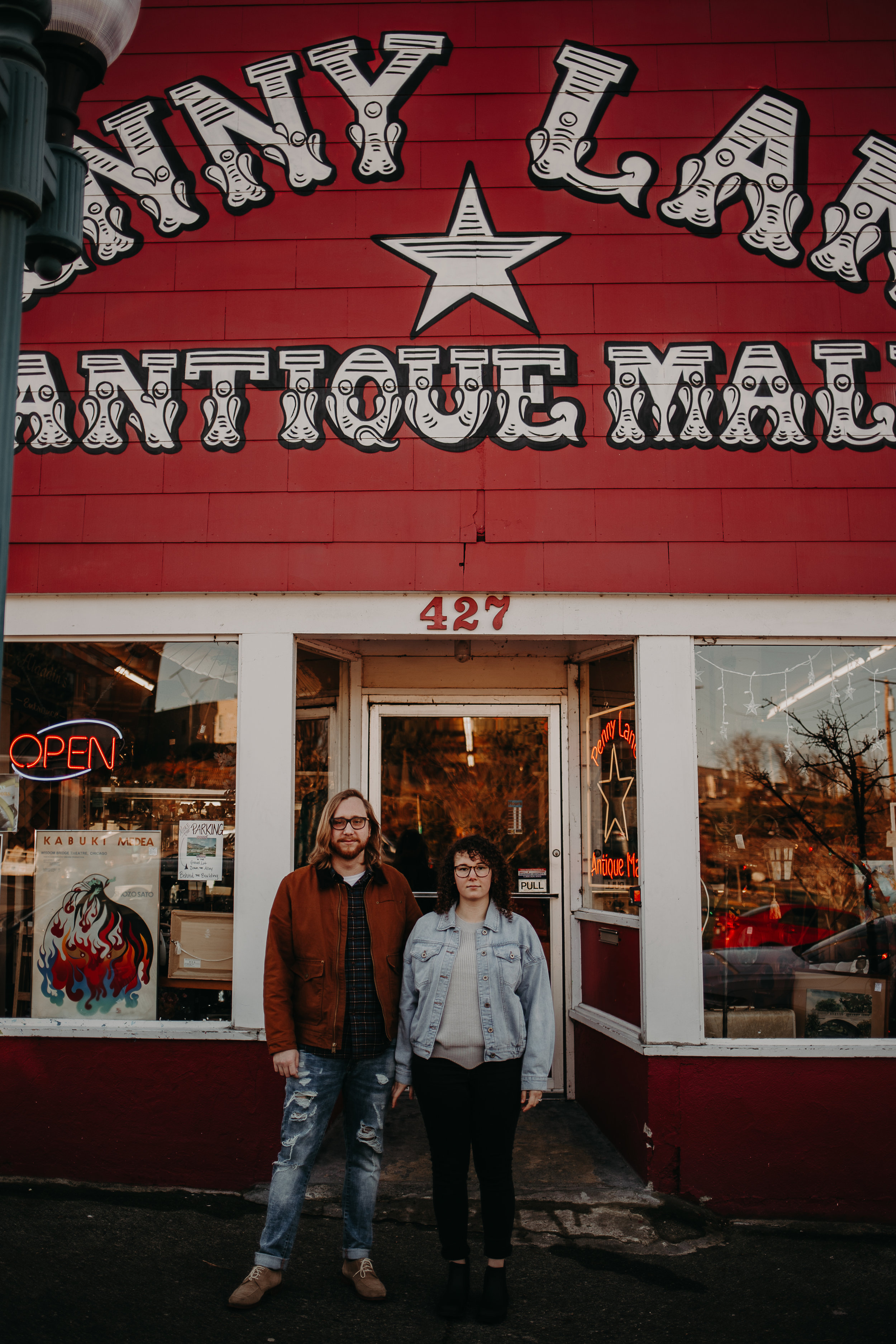 downtown-bellingham-couples-session-baby-greens-johnny-sam (96 of 229).jpg