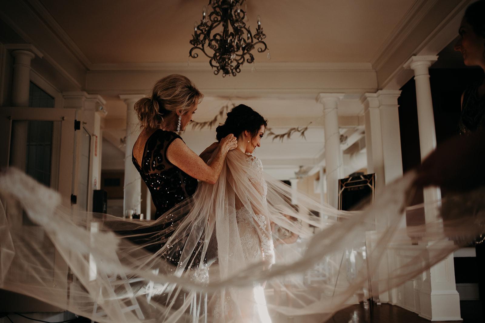 getting-ready-broadway-hall-bellingham-wedding-megan-gallagher-photography (168 of 381).jpg
