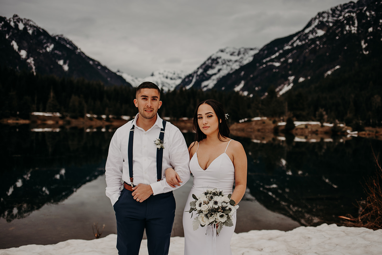 winter-mountain-elopement-asheville-wedding-photographer-megan-gallagher-photographer (28).jpg