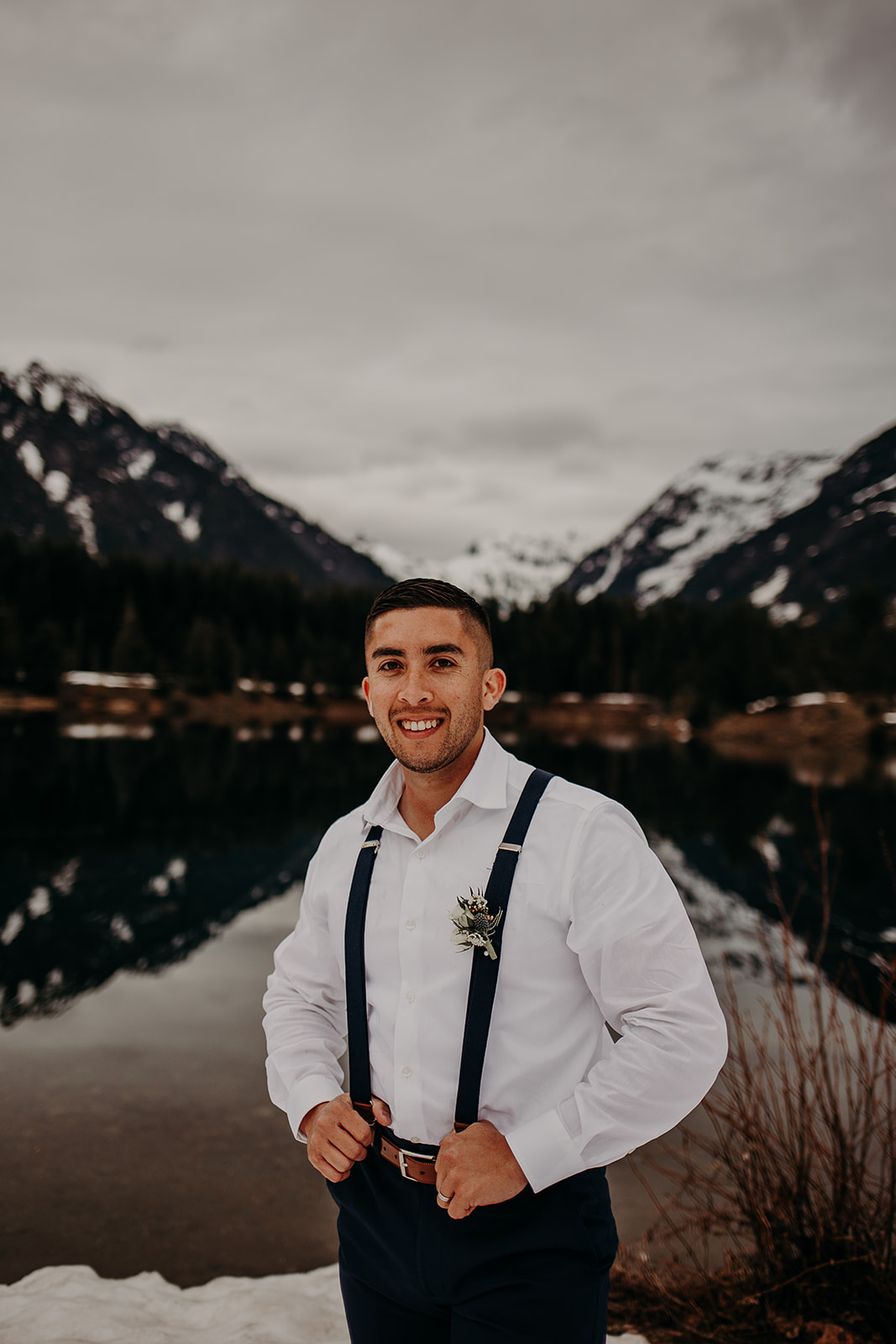 winter-mountain-elopement-asheville-wedding-photographer-megan-gallagher-photographer (50).jpg