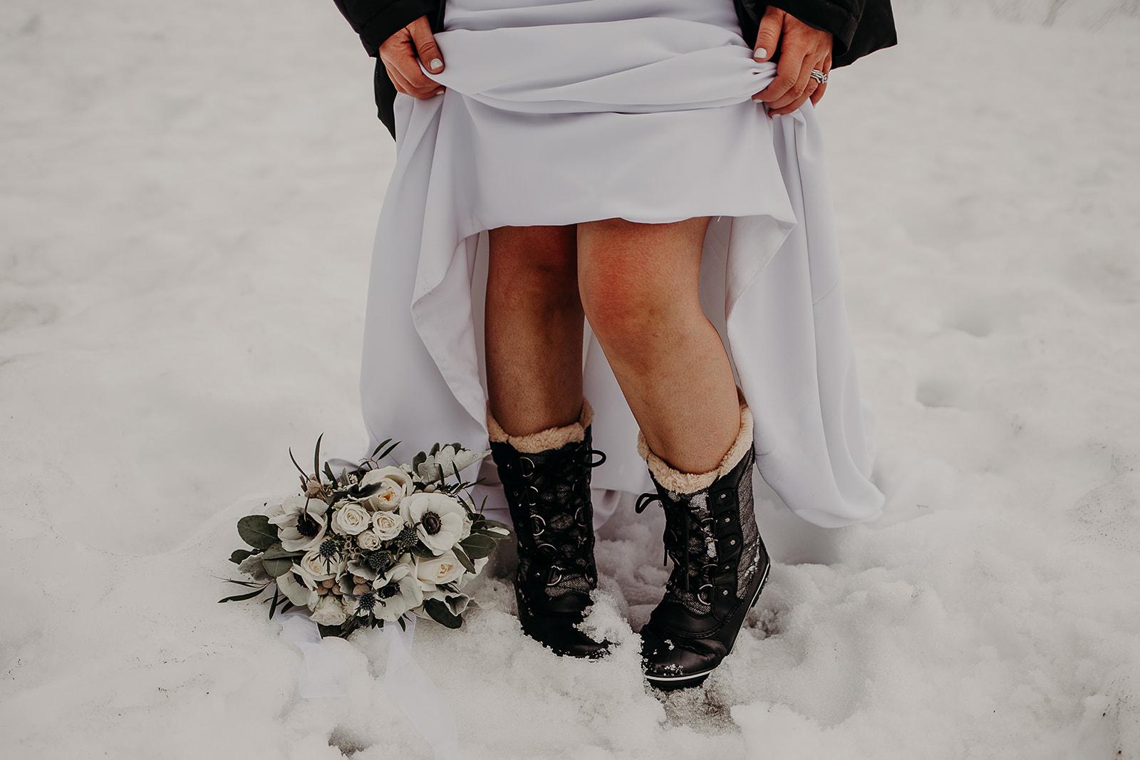 winter-mountain-elopement-asheville-wedding-photographer-megan-gallagher-photographer (56).jpg