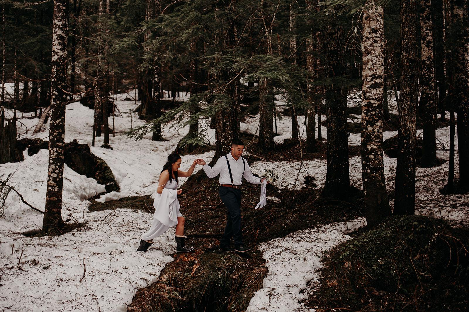 winter-mountain-elopement-asheville-wedding-photographer-megan-gallagher-photographer (61).jpg