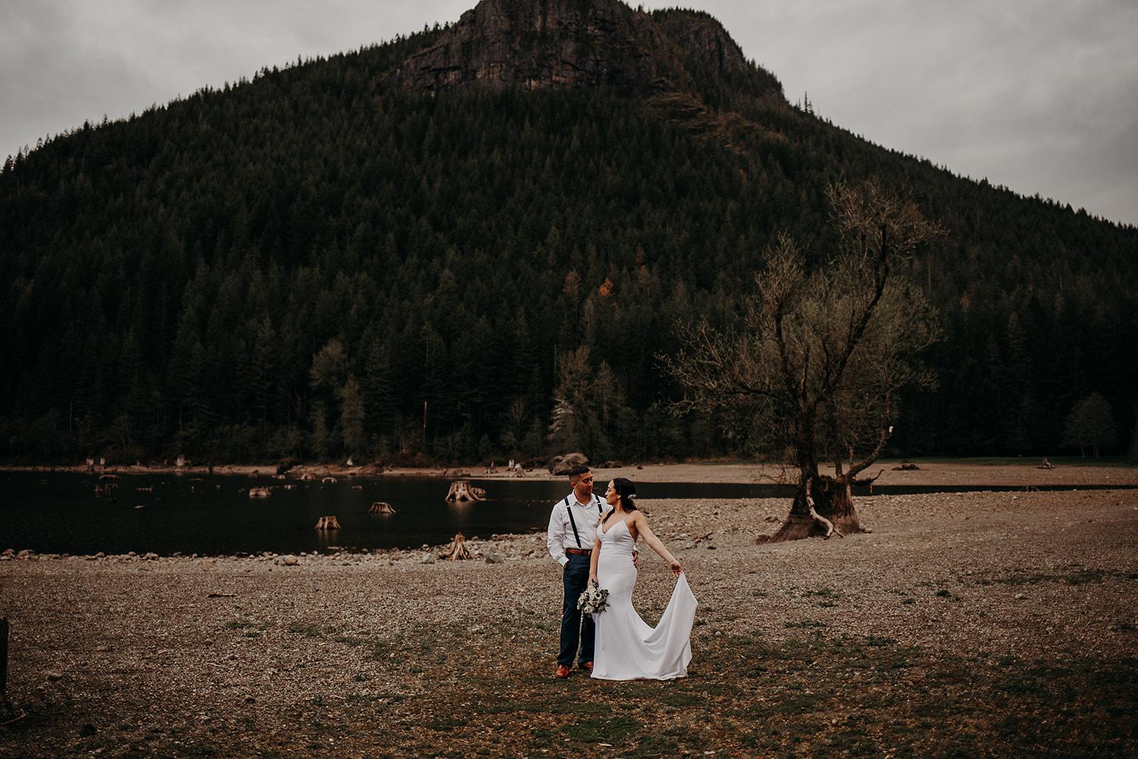 winter-mountain-elopement-asheville-wedding-photographer-megan-gallagher-photographer (66).jpg