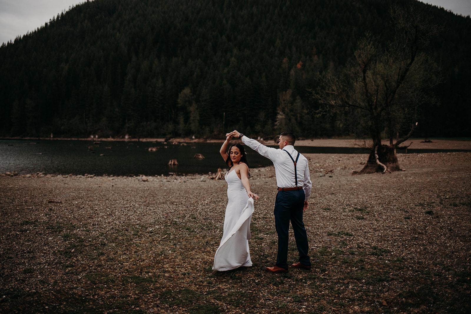 winter-mountain-elopement-asheville-wedding-photographer-megan-gallagher-photographer (70).jpg