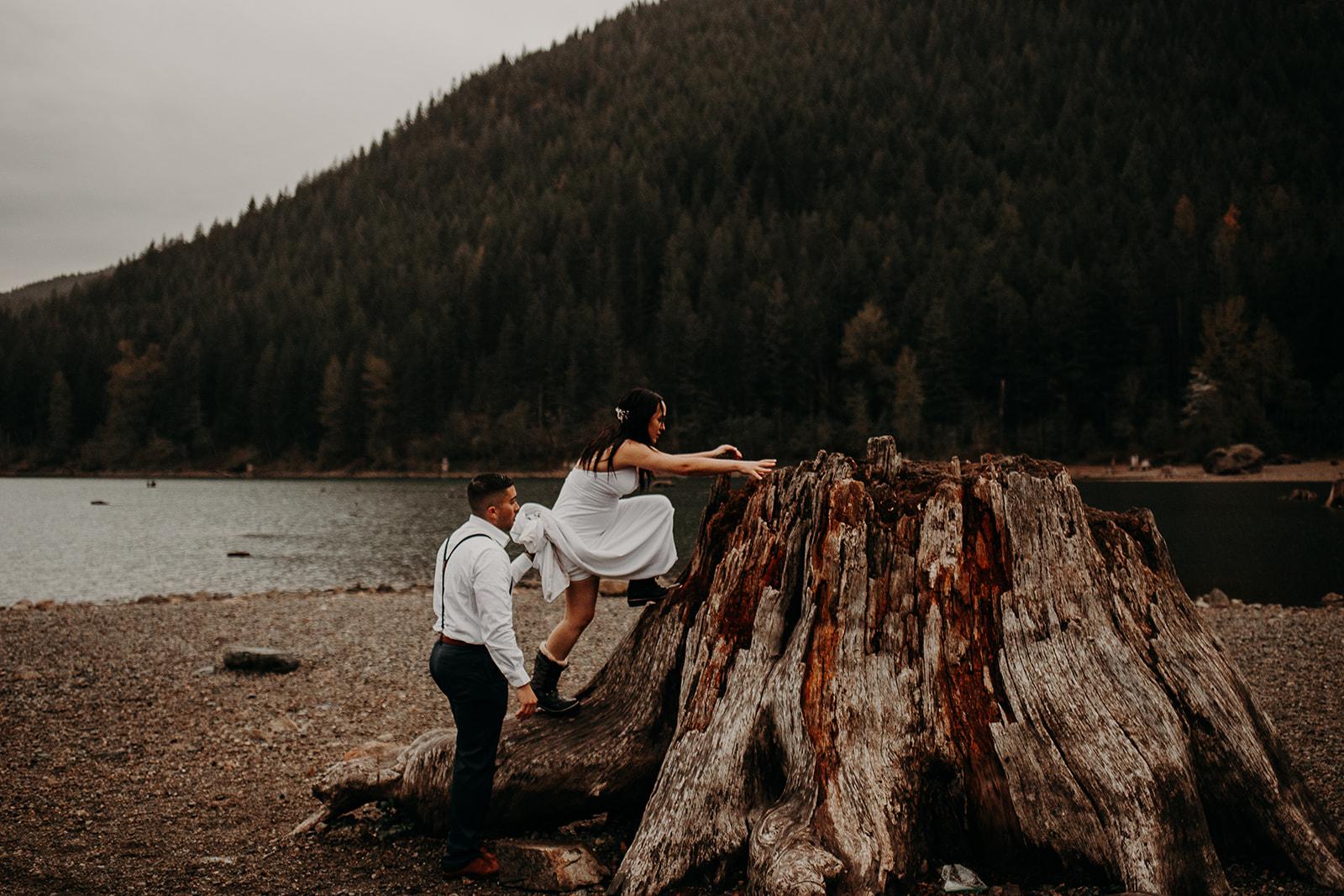 winter-mountain-elopement-asheville-wedding-photographer-megan-gallagher-photographer (77).jpg