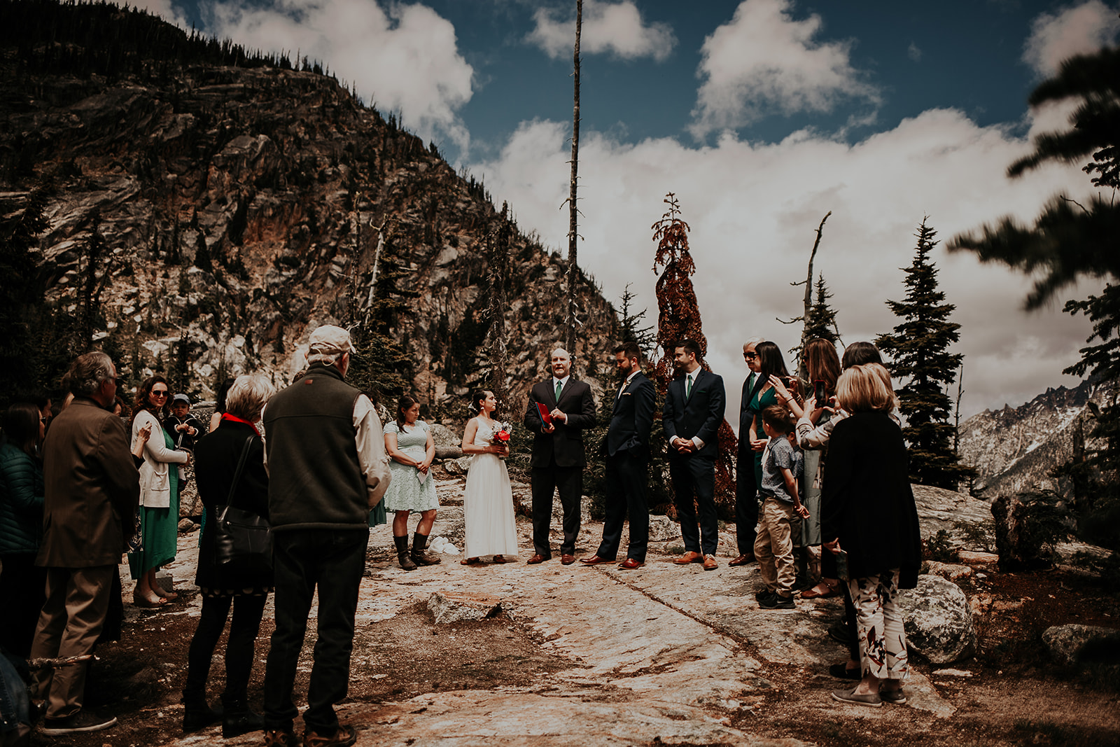 winthrop-wedding-photographer-megan-gallagher-photography (10).jpg