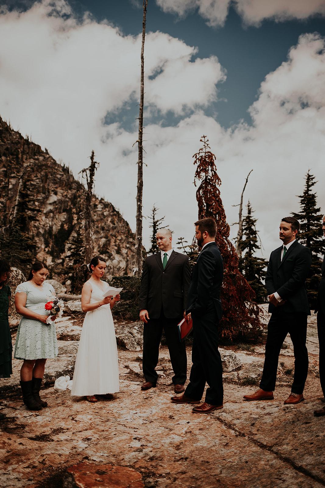 winthrop-wedding-photographer-megan-gallagher-photography (15).jpg