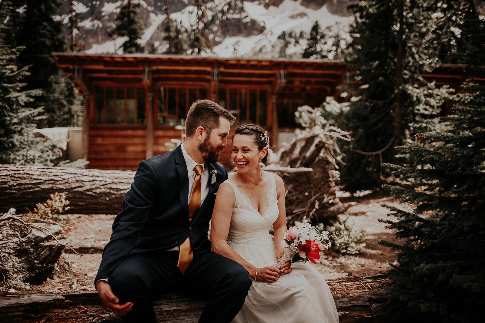 lisaandzack-north-cascades-elopement-wedding-megan-gallagher-photogarphy (21).jpg