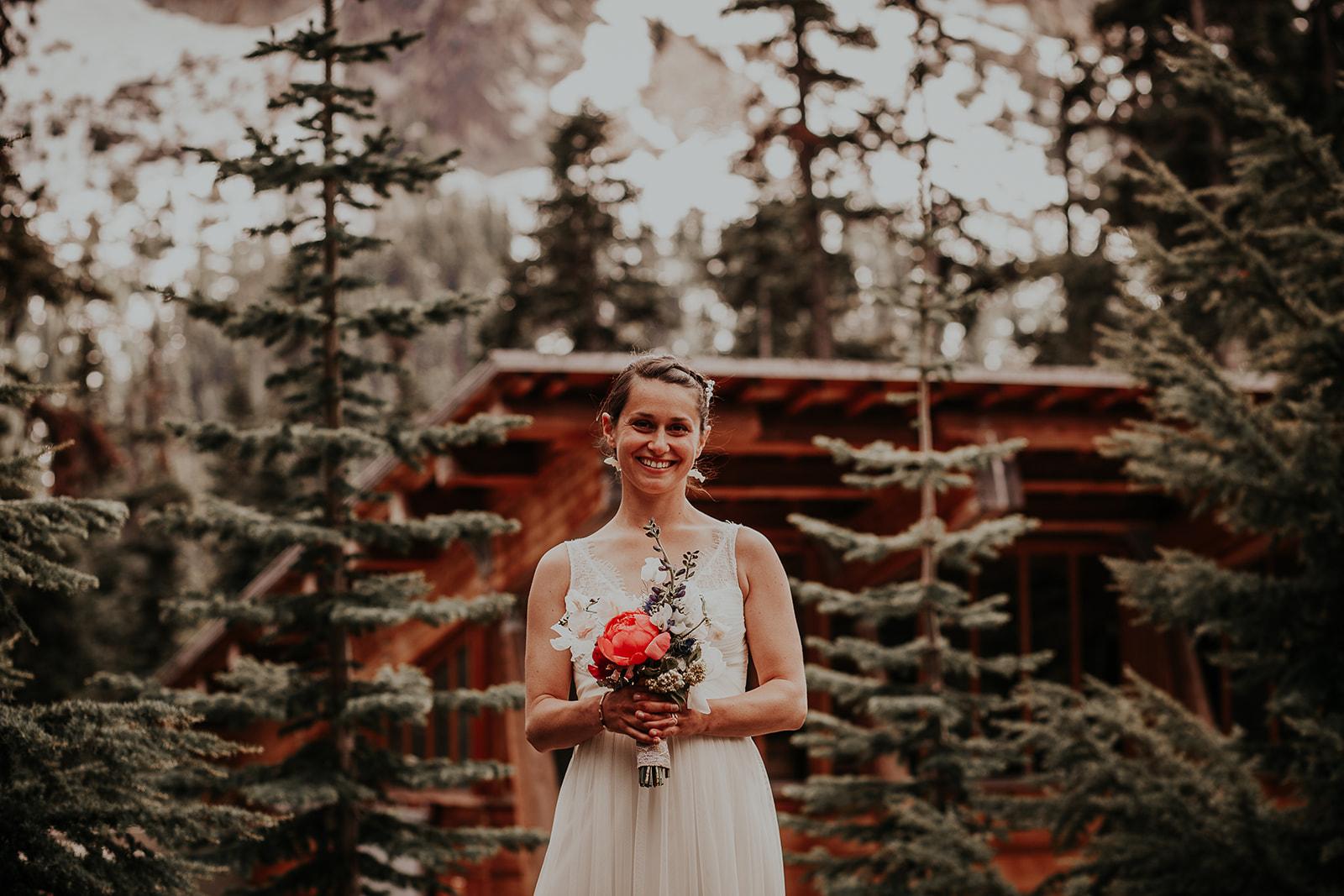 lisaandzack-north-cascades-elopement-wedding-megan-gallagher-photogarphy (24).jpg