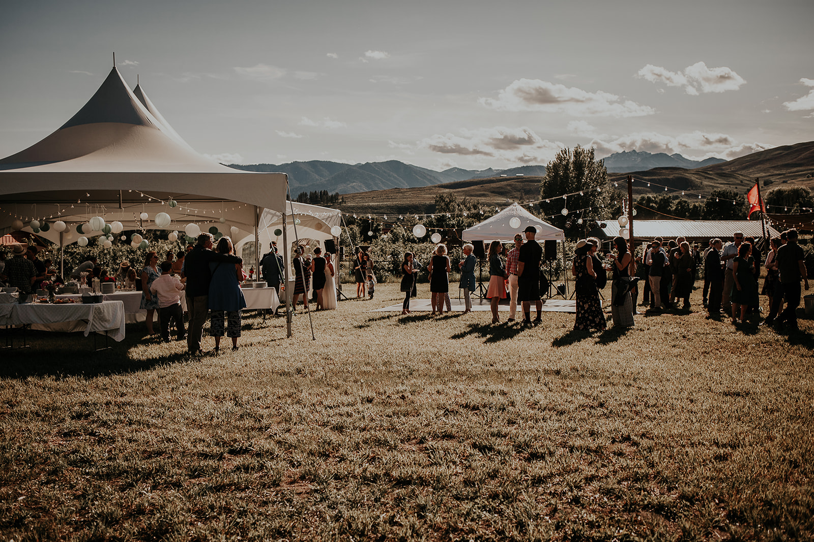north-cascades-elopement-wedding-winthrop-wedding-photographer-megan-gallagher-photography (12).jpg