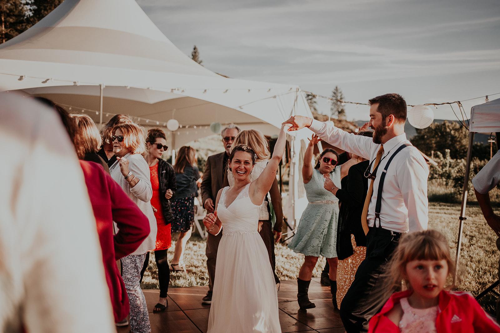 north-cascades-elopement-wedding-winthrop-wedding-photographer-megan-gallagher-photography (29).jpg