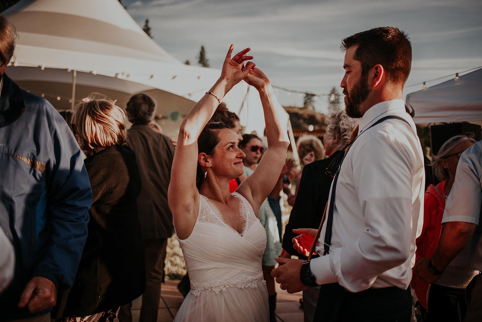 north-cascades-elopement-wedding-winthrop-wedding-photographer-megan-gallagher-photography (30).jpg