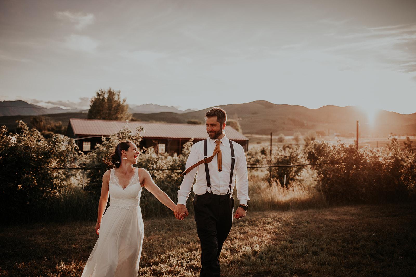 north-cascades-elopement-wedding-winthrop-wedding-photographer-megan-gallagher-photography (33).jpg