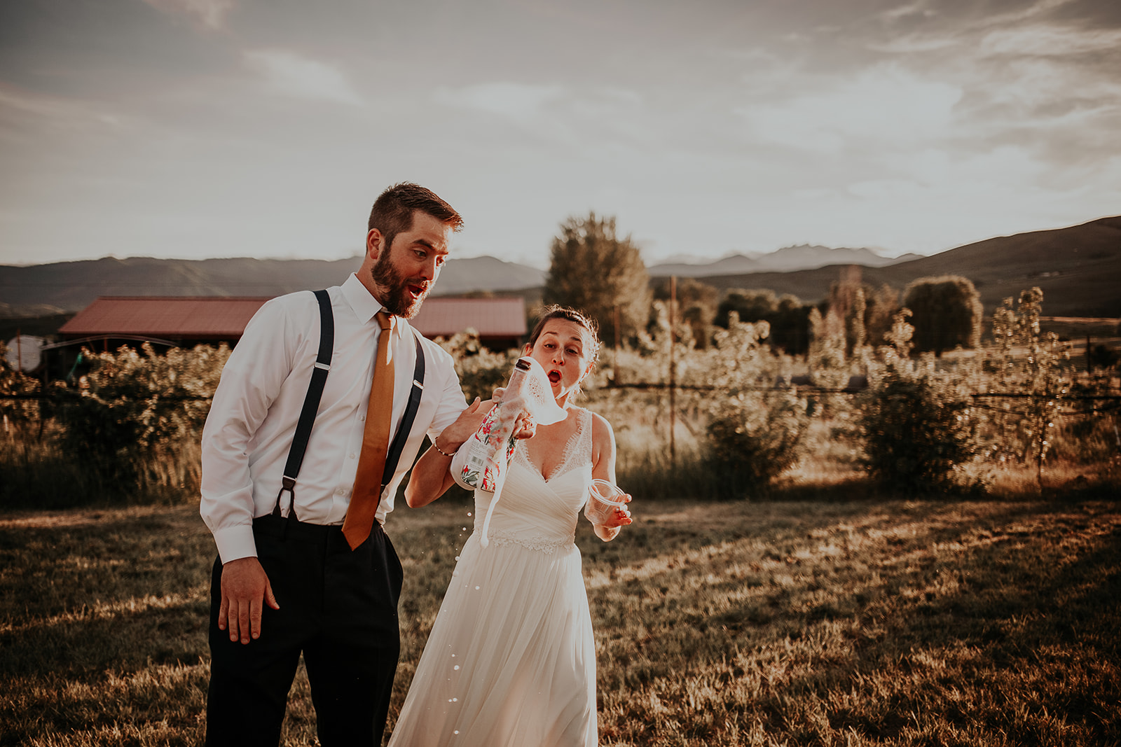 north-cascades-elopement-wedding-winthrop-wedding-photographer-megan-gallagher-photography (34).jpg