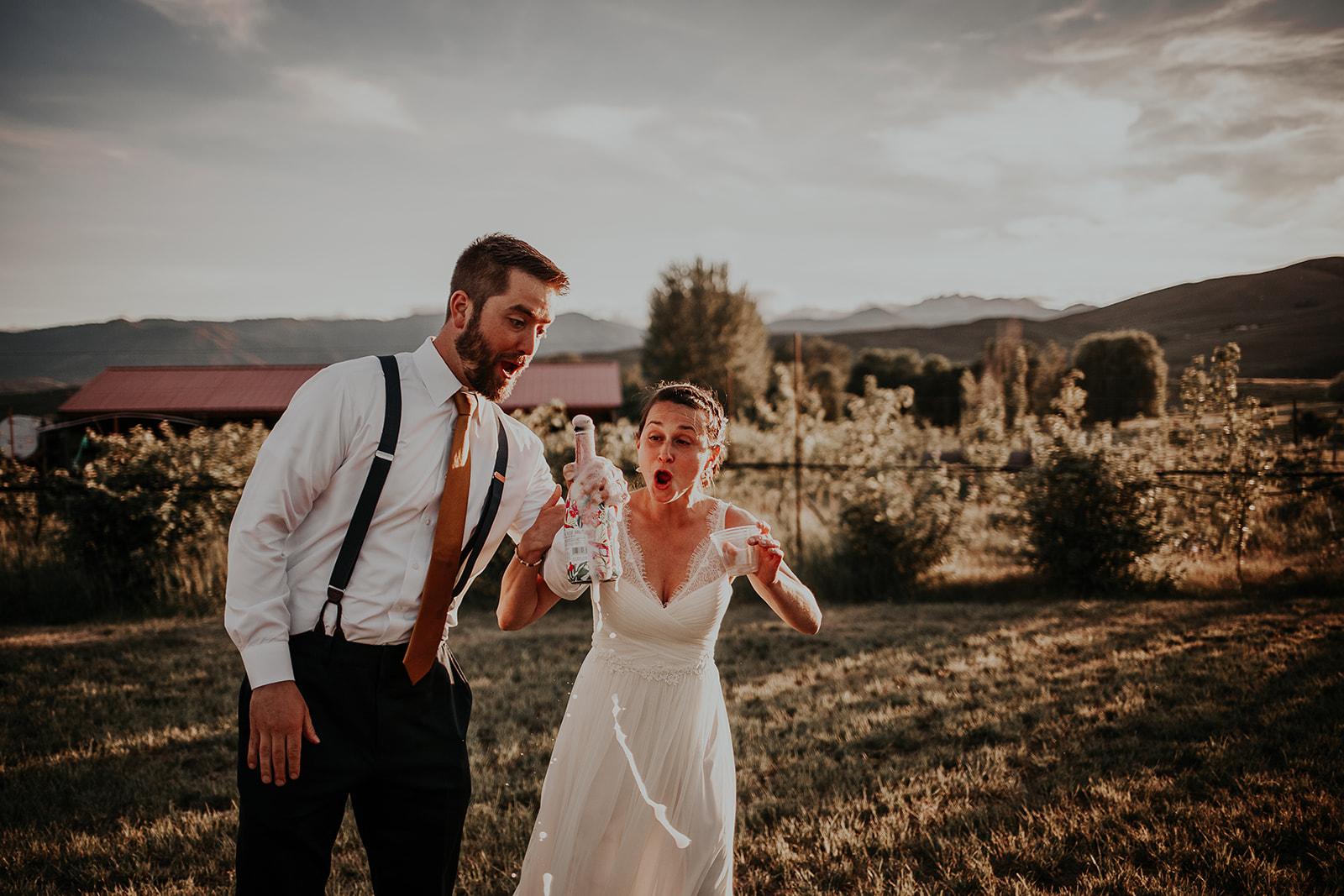 north-cascades-elopement-wedding-winthrop-wedding-photographer-megan-gallagher-photography (35).jpg