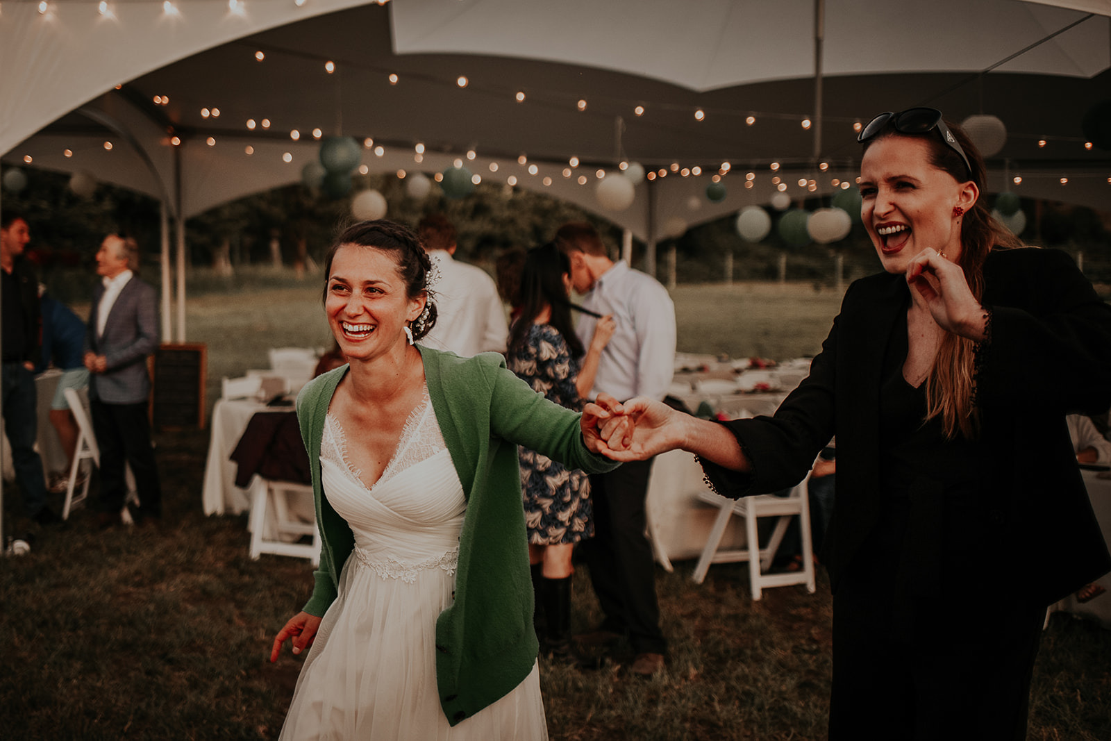 north-cascades-elopement-wedding-winthrop-wedding-photographer-megan-gallagher-photography (46).jpg