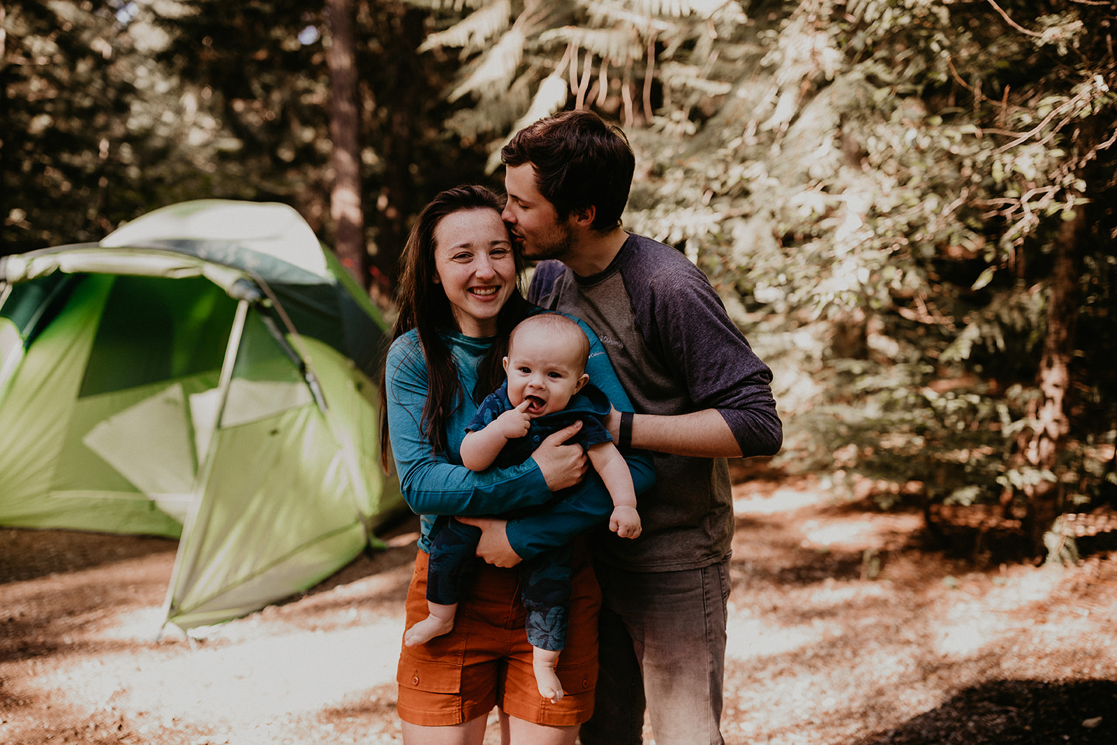 kachess-lake-camping-family-portraits-megan-gallagher-photography_(85_of_335).jpg
