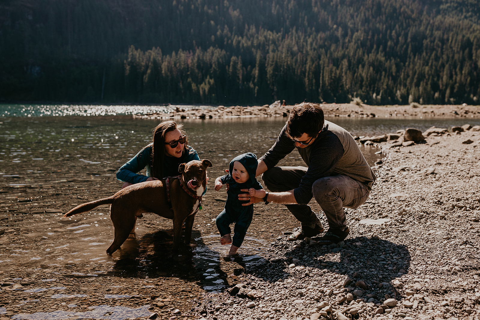 kachess-lake-camping-family-portraits-megan-gallagher-photography_(280_of_335).jpg