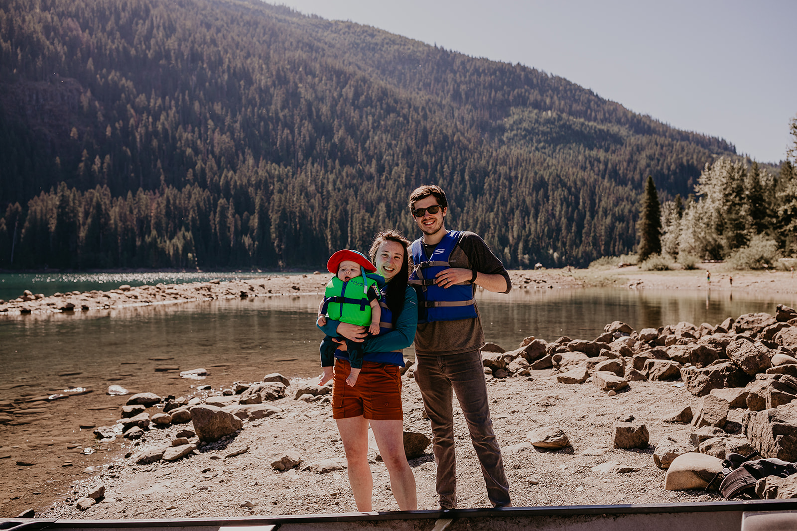 kachess-lake-camping-family-portraits-megan-gallagher-photography_(305_of_335).jpg