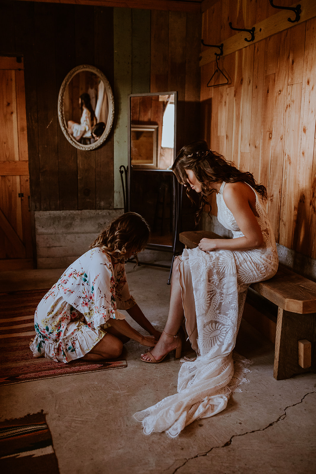 mount-vernon-wedding-salt-box-barn-amanda-riley-megan-gallagher-photography-3_(116_of_250).jpg