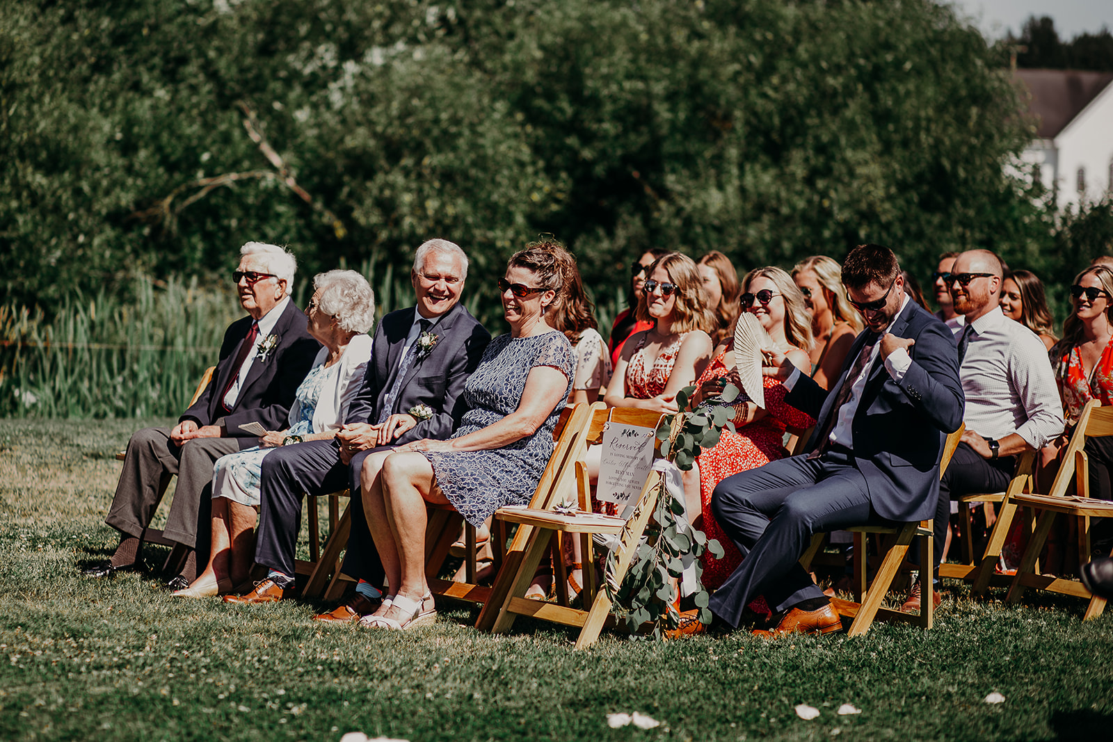 mount-vernon-wedding-salt-box-barn-amanda-riley-megan-gallagher-photography-1_(90_of_351).jpg