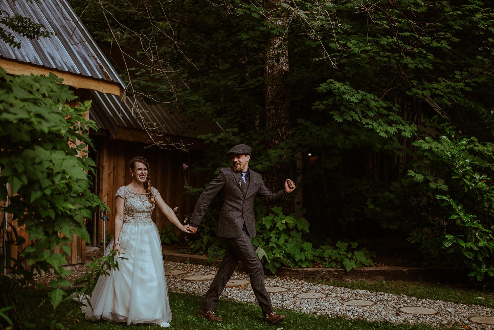 mount-rainier-cabin-elopement-megan-gallagher-photography_(126_of_568).jpg