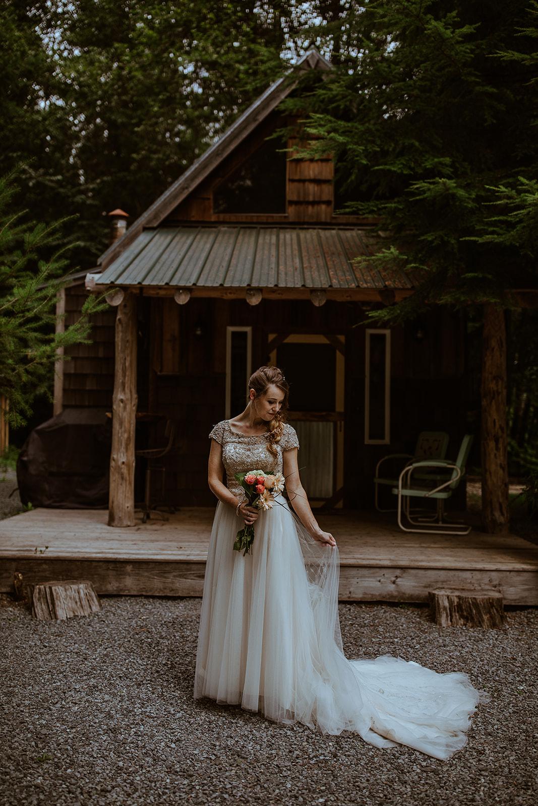 mount-rainier-cabin-elopement-megan-gallagher-photography_(151_of_568).jpg