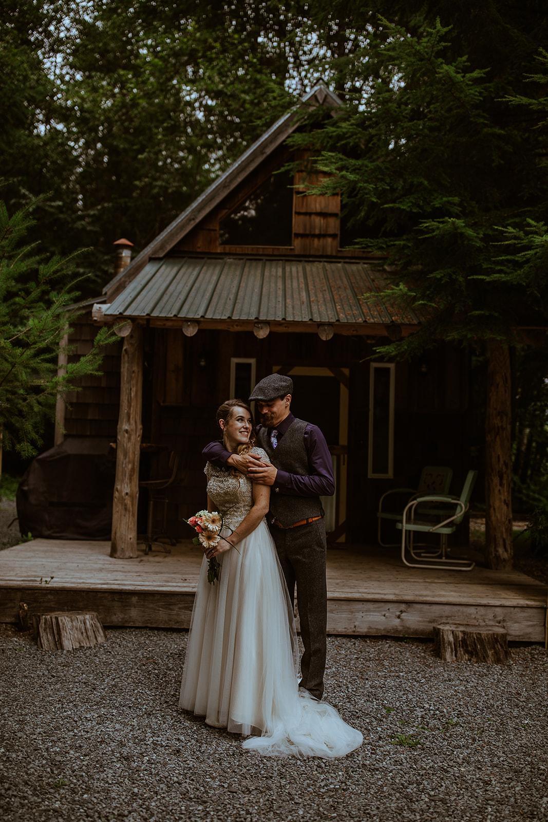 mount-rainier-cabin-elopement-megan-gallagher-photography_(173_of_568).jpg