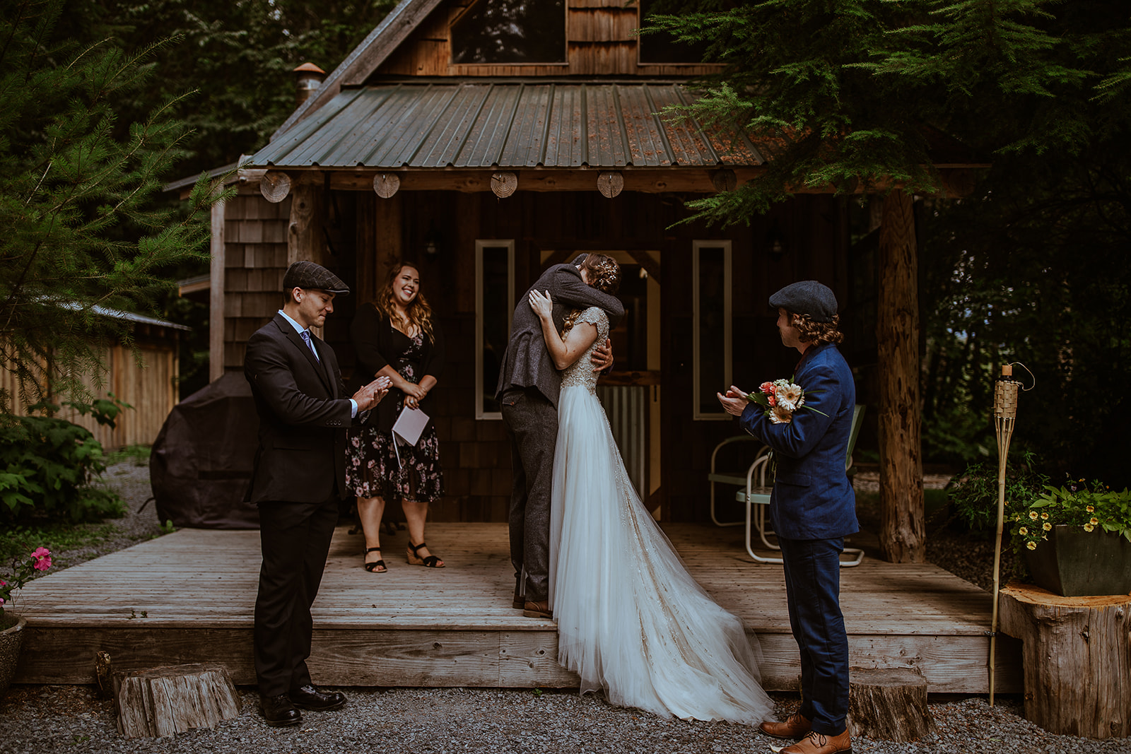 mount-rainier-cabin-elopement-megan-gallagher-photography_(245_of_568).jpg