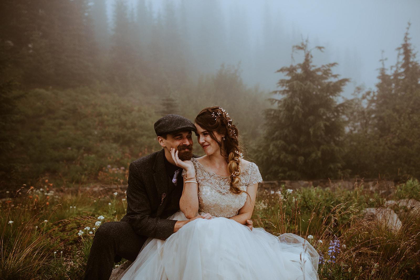 mount-rainier-cabin-elopement-megan-gallagher-photography_(408_of_568).jpg