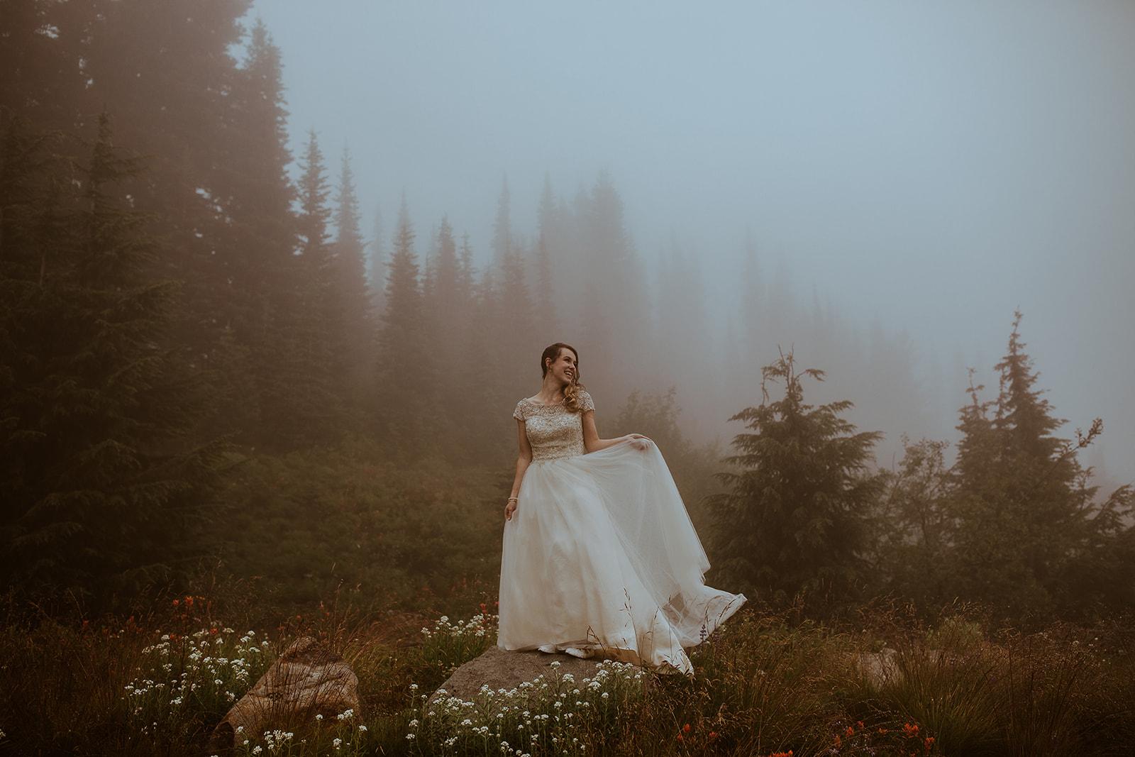 mount-rainier-cabin-elopement-megan-gallagher-photography_(417_of_568).jpg