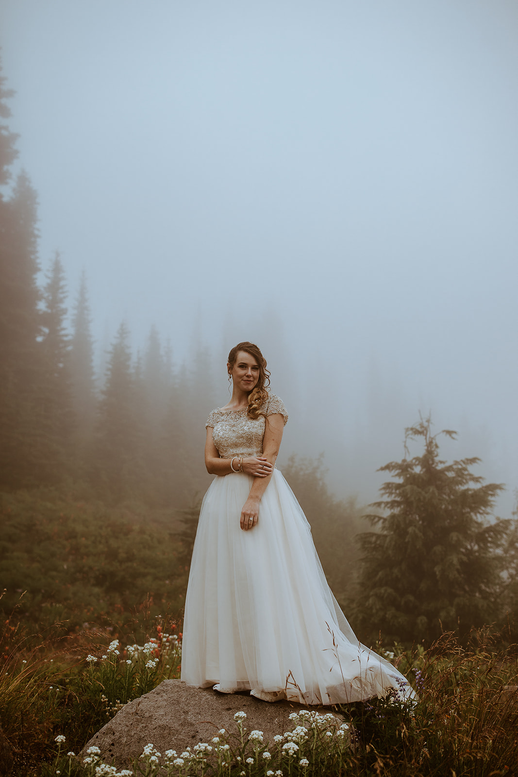 mount-rainier-cabin-elopement-megan-gallagher-photography_(423_of_568).jpg
