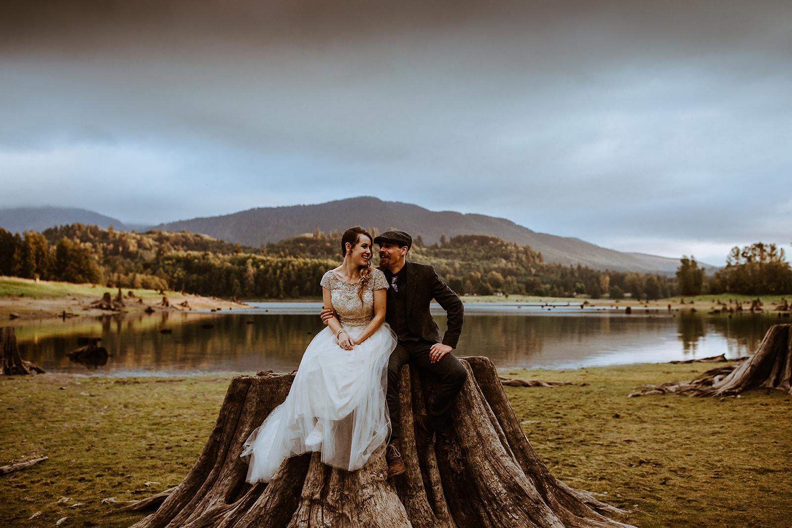 mount-rainier-cabin-elopement-megan-gallagher-photography_(485_of_568).jpg