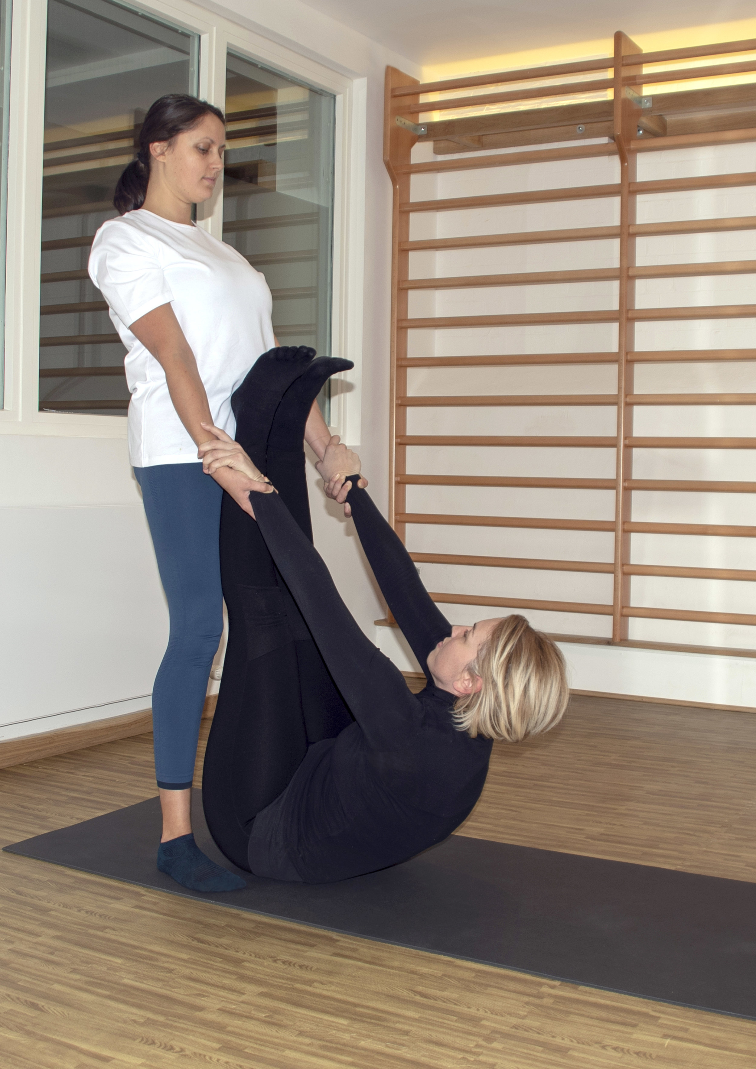 Thai Yoga Massage - Stretching