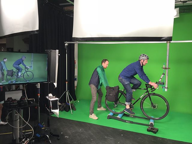 Ever wondered how or new brand vid was shot? It was a lot of work and fun! Because, of course bikes were involved. Like in everything we do. Go over to our FB page to see the full album #bikmo #ridebikmo #cycleinsurance #lovebiking #lovecycling #greenscreen #filming #brandvideo