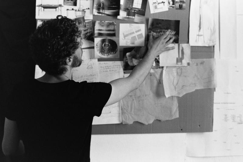 Pierre Kraman Musculus in den Arbeitsräumen des Werkbund.jung in Weimar