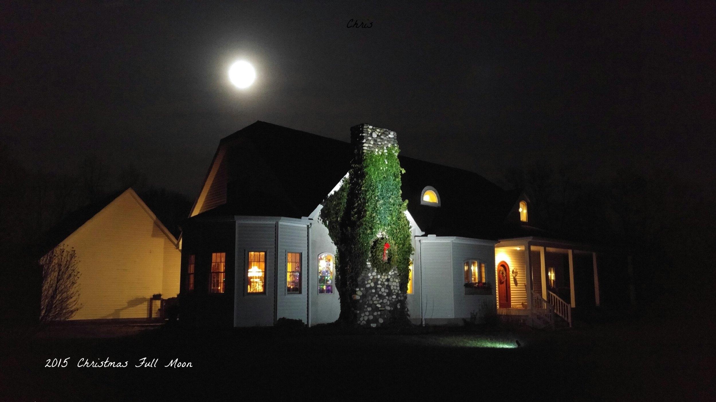 2015 Christmas Full Moon.jpg