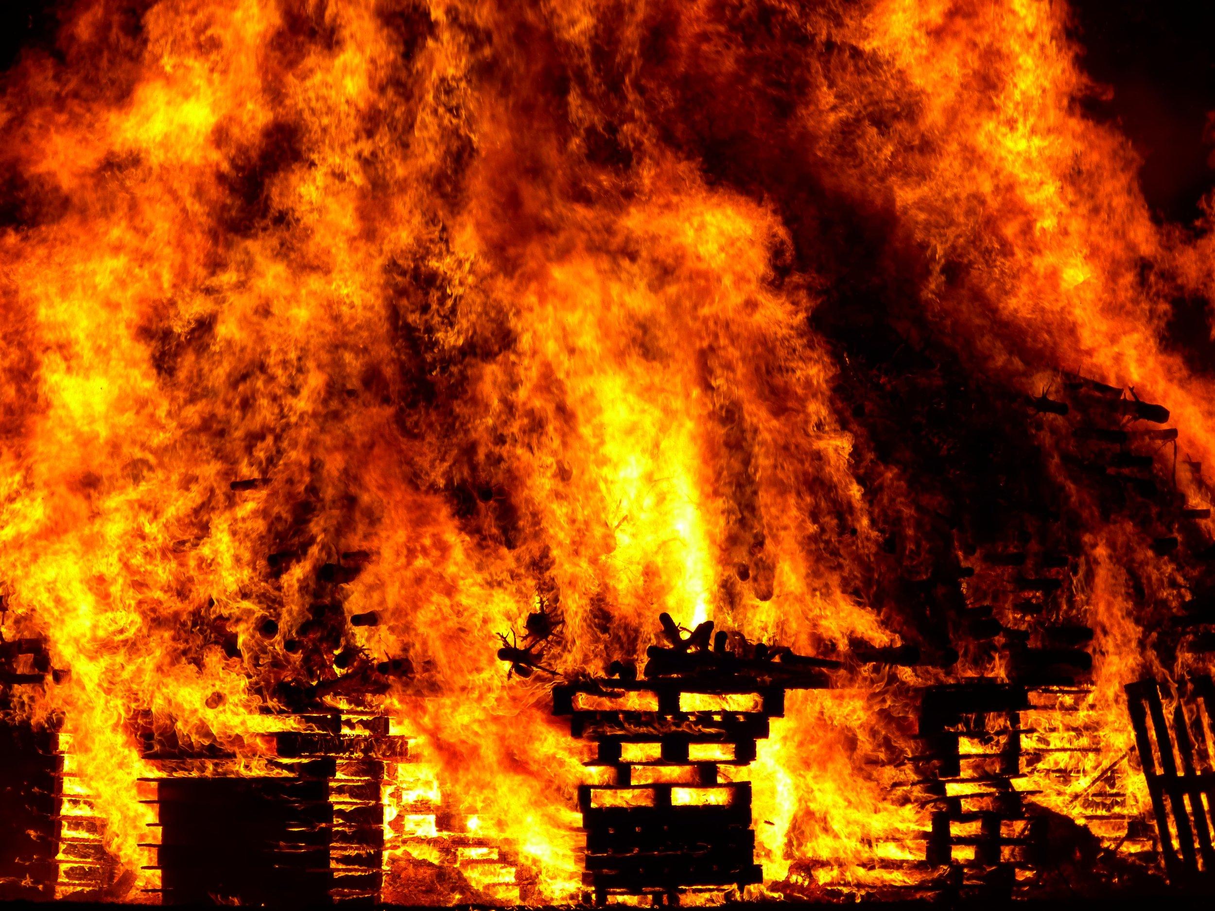 fire-burn-hell-warm-57461.jpeg