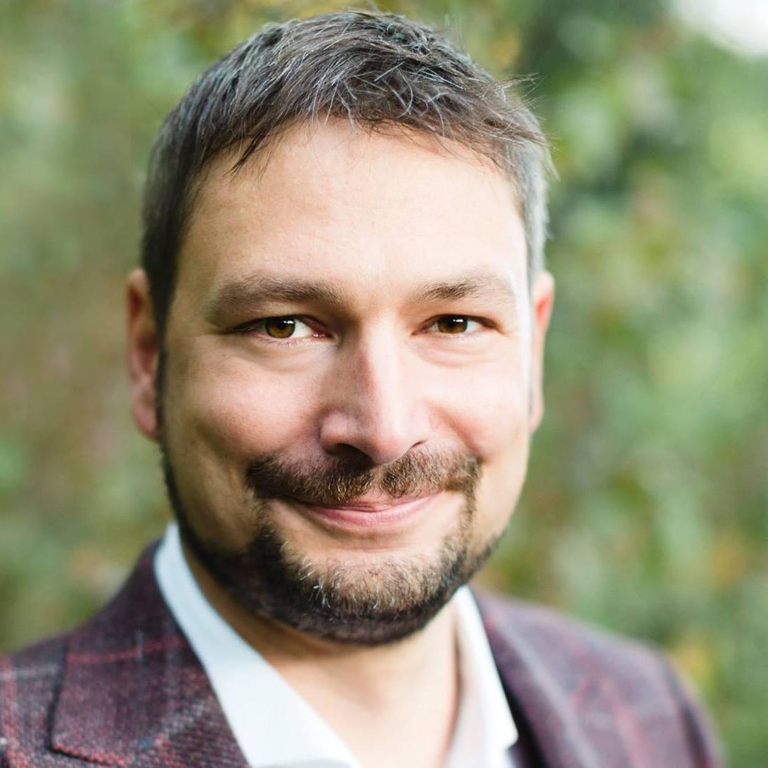 Sebastian Olényi