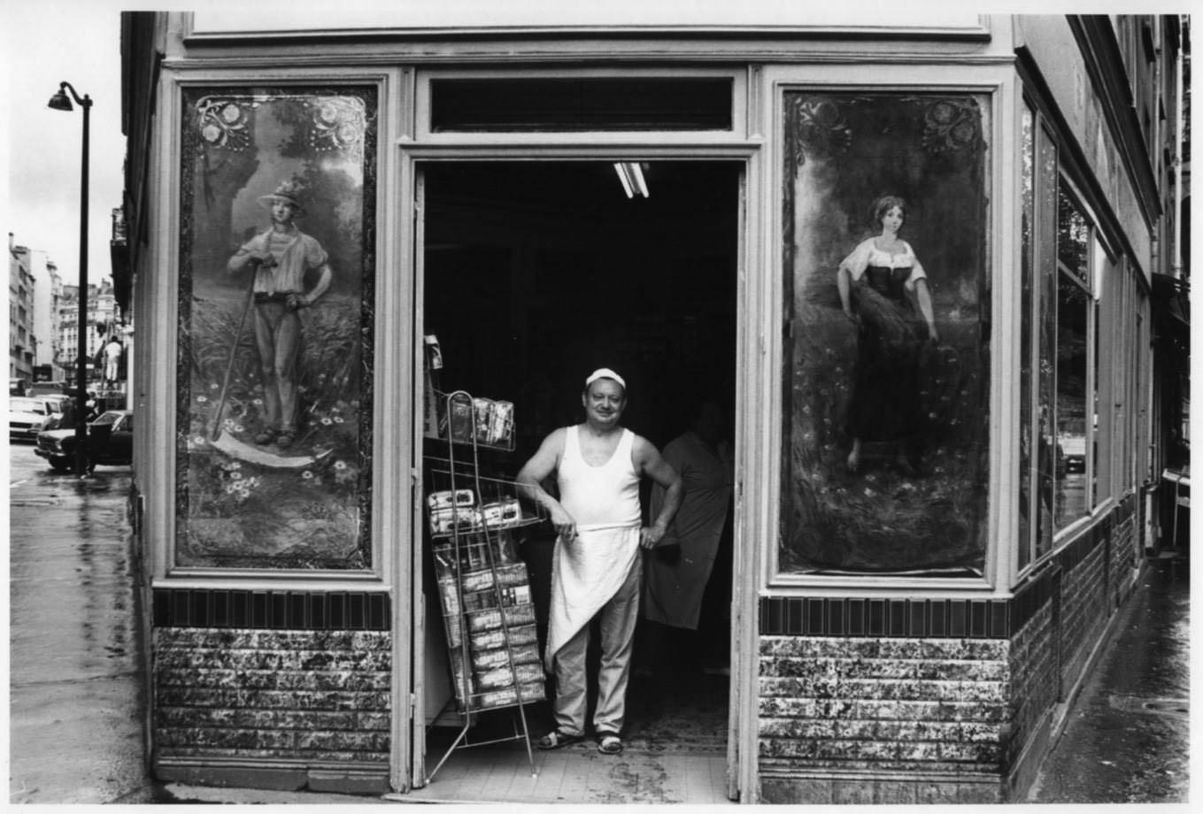 9681:15 Le boulanger de la rue Ordener, Paris 1971 .jpg