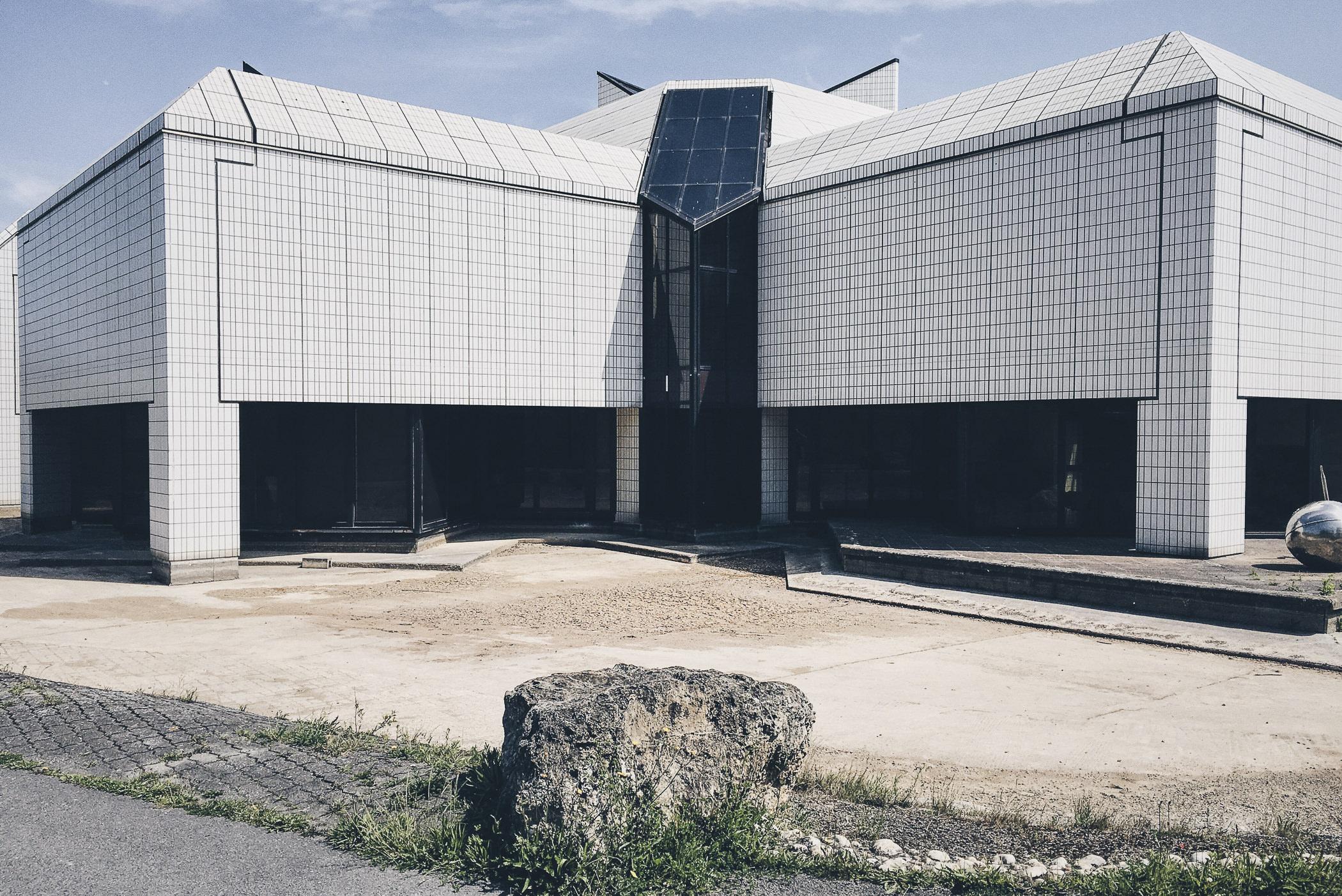 ARCHITECTURE_5.jpg