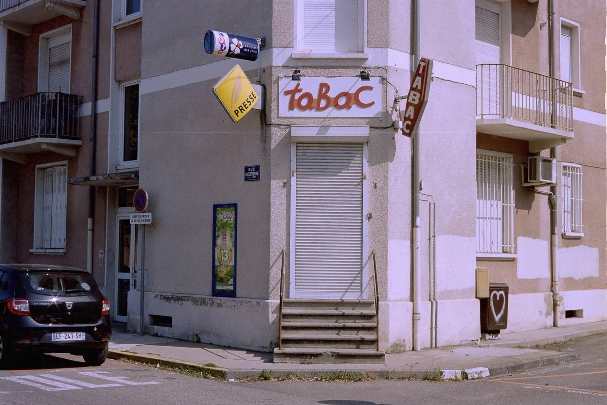 BAR TABAC_5.jpg