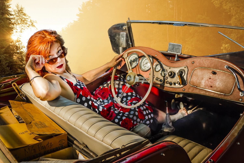 Gwen-Hughes-MG-Car-300dpi.jpg