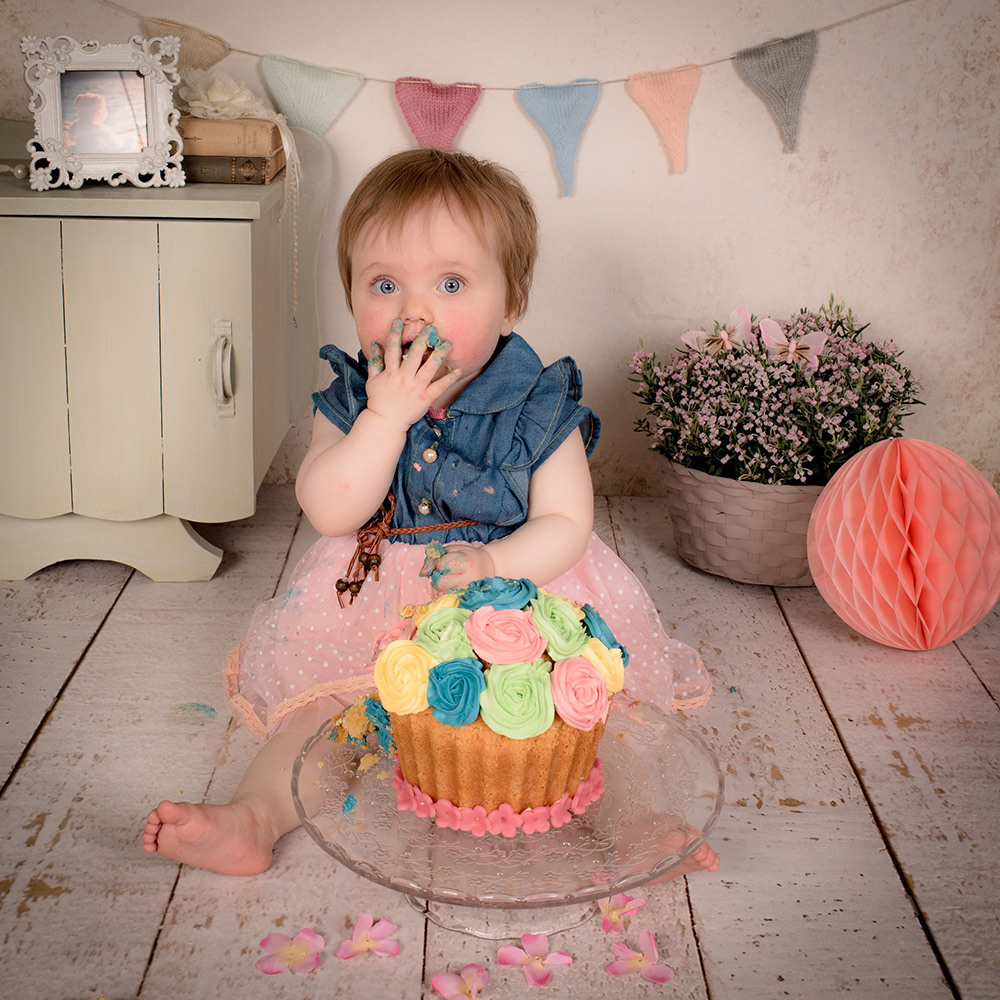 4-child-baby-newborn-photography-cakesmash-photography-london-liverpool-manchester-leeds-birmingham-glasgow-edinburgh-cardif.jpg