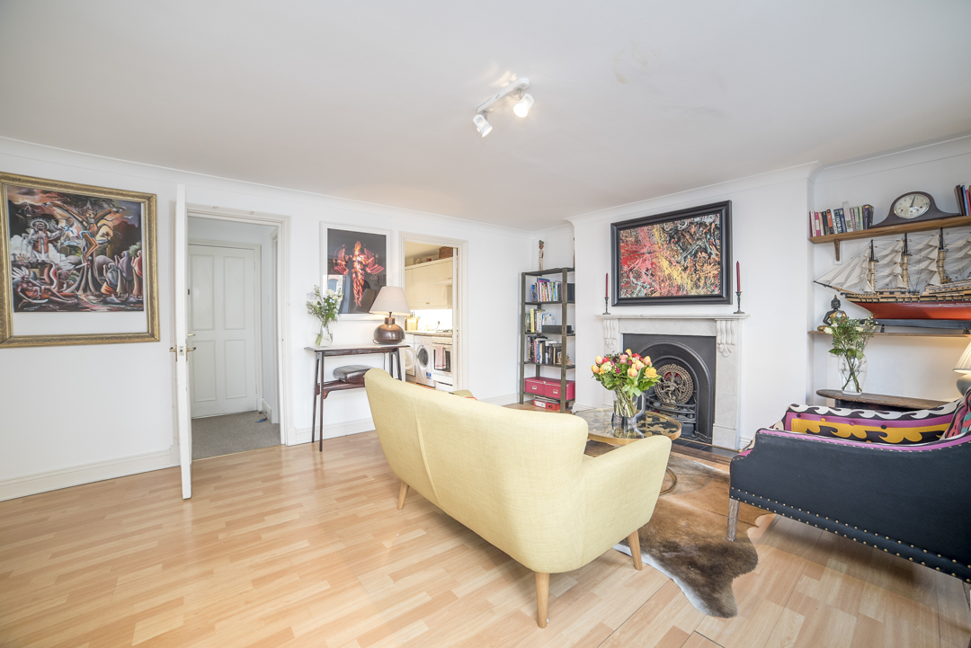 5 Airbnb Property Photography London Wide Angle Lens Modern Inexpensive.JPG