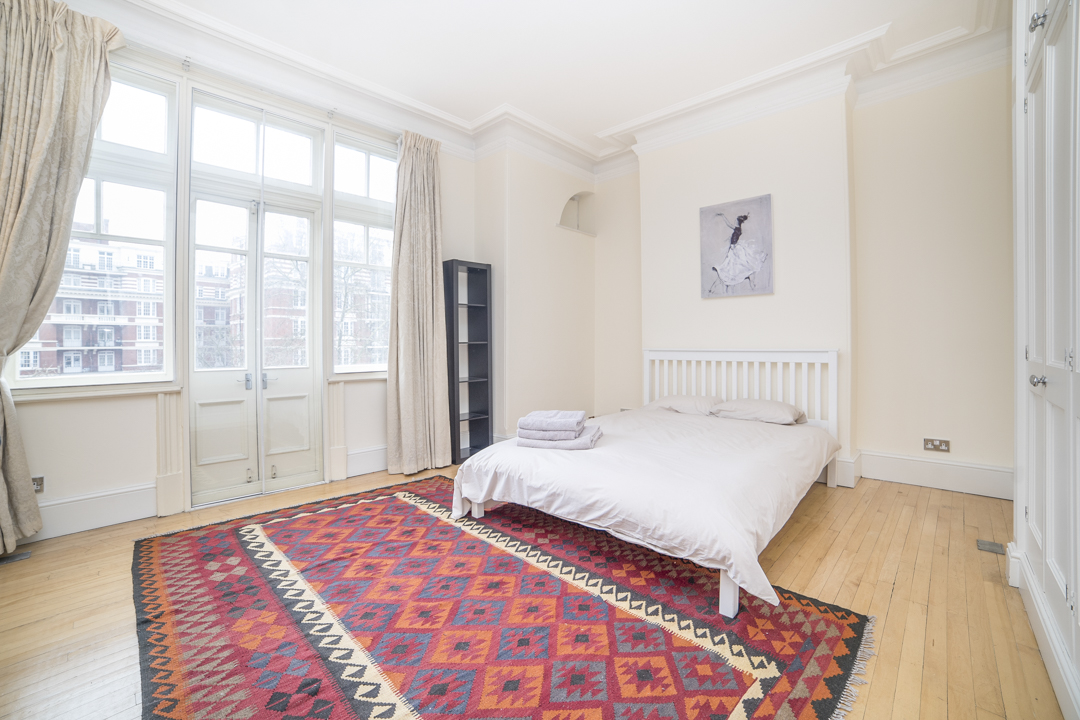 3-inexpensive-airbnb-property-photography-london.JPG